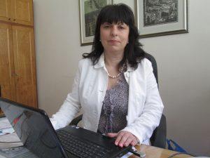 Нели Атанасова, директор